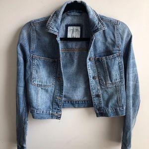 Abercrombie & Fitch cropped denim jacket